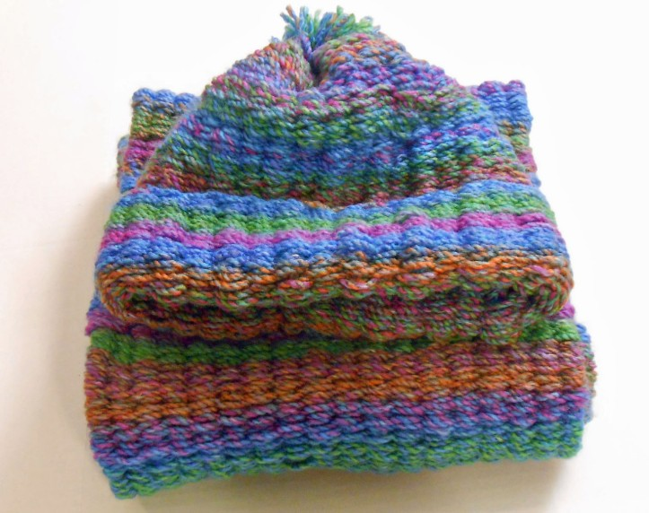 Peg loom woven hat and scarf