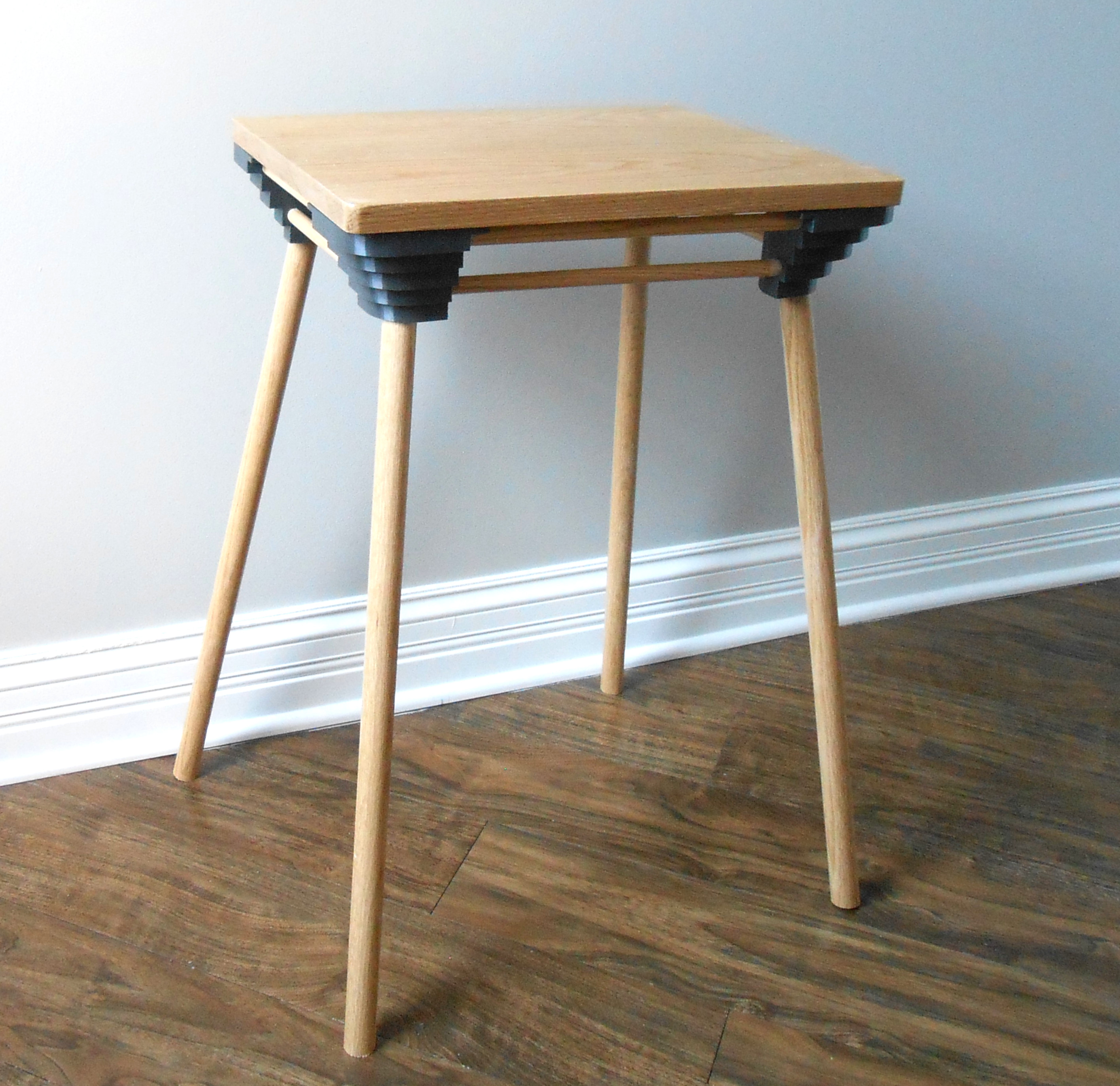 Riepir table. Eco-friendly, sustainable, table sealed with non-toxic, zero VOC varnish.
